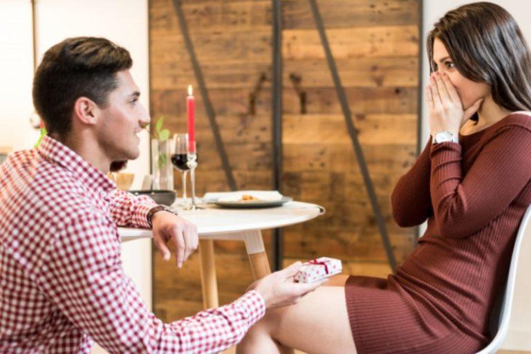 Come scegliere le fedine di fidanzamento