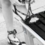A sorpresa, i sandali estate 2020 più di tendenza saranno quelli senza tacchi!