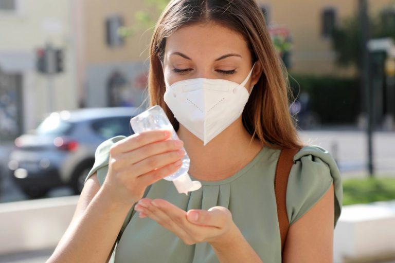 Mascherine e gel igienizzante, due aiuti concreti contro il Covid 19