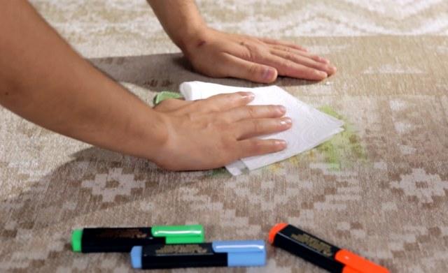 Tanti buoni motivi per scegliere un tappeto antimacchia